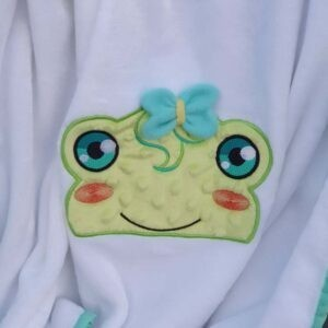 Rue frog Peeker machine embroidery design