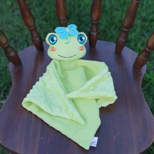 Rue frog Lovey machine embroidery design ith