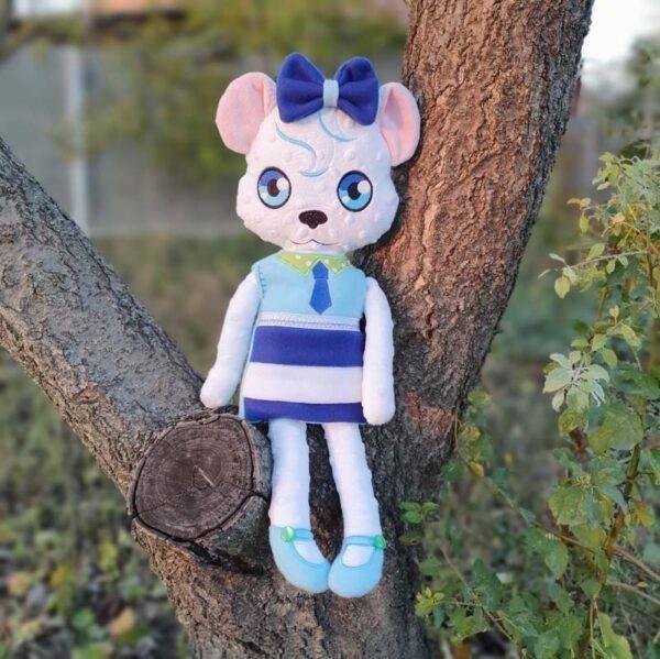 Maya bear Doll machine embroidery design ith