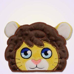 Lion boy peeker ith machine embroidery design