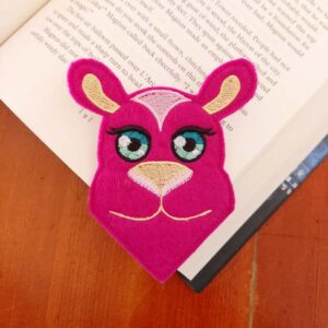 Camel corner bookmark ith machine embroidery pattern project