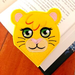 ith machine embroidery lioness felt bookmark
